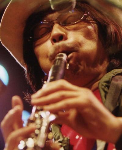 오오쿠마씨의 연주사진